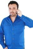 Homem que fala no telefone Fotos de Stock