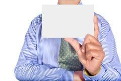 Homem que guarda o cartão Fotografia de Stock
