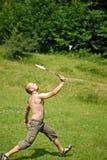 Homem que joga o badminton Fotos de Stock