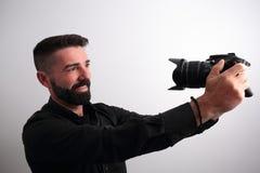 Homem que obtém um selfie imagens de stock royalty free