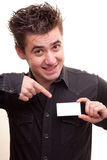 Homem que prende um cartão Imagens de Stock