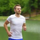 Homem running da aptidão fotos de stock royalty free