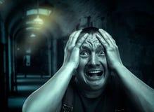 Homem Scared foto de stock royalty free