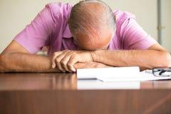 Homem sonolento Fotografia de Stock Royalty Free