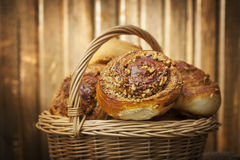 Homemade buns in a basket Royalty Free Stock Photography