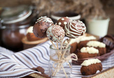 Homemade chocolate cake pops Royalty Free Stock Photography