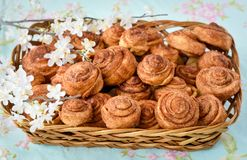 Homemade cinnamon buns cakes Royalty Free Stock Photography