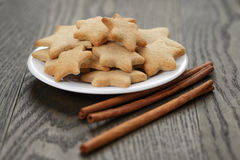 Homemade cookies with vanilla and cinnamon Royalty Free Stock Photos