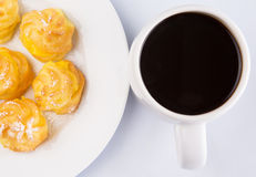 Homemade Cream Puff and Coffee IV Royalty Free Stock Images