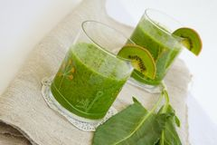 Homemade green detox smoothie Stock Images