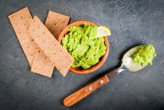 Homemade guacamole in bowl Royalty Free Stock Image