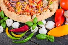 Homemade italian vegetarian pizza Stock Photography