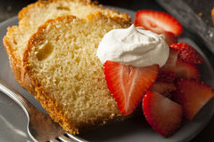 Homemade Pound Cake with Strawberries. And Cream Stock Photography