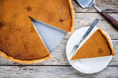 Homemade pumpkin pie Stock Images