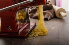 Homemade spaghetti carbonara production Royalty Free Stock Photography