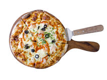Homemade spice shrimp pizza. In wooden plate Royalty Free Stock Images