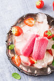 Homemade strawberry popsicles Royalty Free Stock Image