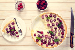 Homemade tart with strawberries Royalty Free Stock Photos