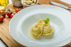 Homemade tortellini stuffed with spinach and garlic Royalty Free Stock Photography