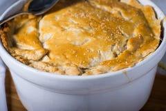 Homemade vegetarian pot pie entre Stock Photos