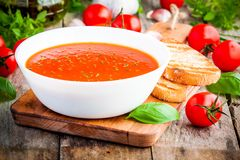 Homemade vegetarian tomato cream soup Royalty Free Stock Photography