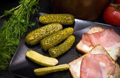 Homemage gravade fotoet för gurkastillebenmat Fotografering för Bildbyråer