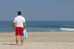 Homens com vista do mar Foto de Stock