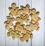 Homens da cookie do pão-de-espécie foto de stock royalty free
