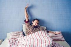 Homens de despertar adiantados domingo Foto de Stock