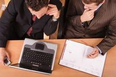 Homens de negócio de trabalho imagem de stock royalty free
