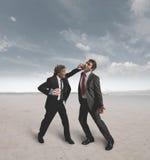 Homens de negócios e desafio do encaixotamento Foto de Stock Royalty Free