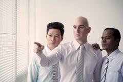 Homens de negócios sérios Foto de Stock Royalty Free