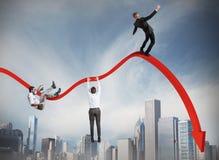 Homens de negócios que caem para baixo Fotografia de Stock