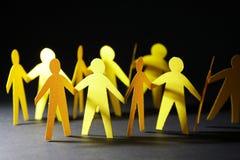 Homens de papel amarelos Foto de Stock Royalty Free