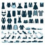 Homens e de roupa e de sapatas das mulheres ícones - ilustração Fotos de Stock Royalty Free
