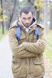 Homens novos com olhar irritado Fotos de Stock