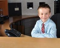 Homens novos que esperam clientes Fotografia de Stock