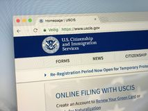 Homepage av U S Medborgarskap- och invandringservice USCIS royaltyfria foton