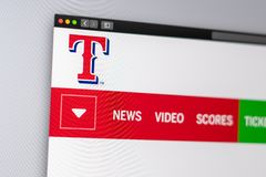Homepage del sito Web di Texas Rangers della squadra di baseball Chiuda su del logo del gruppo fotografie stock