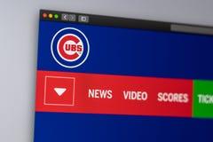 Homepage f?r basketlagChicago Cubswebsite St?ng sig upp av laglogo arkivbilder
