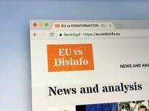 Homepage van de EU tegenover Desinformatie royalty-vrije stock foto's