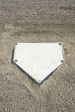 Homeplate de base-ball et verticale de gravier Images stock