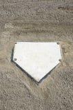 Homeplate del béisbol y vertical de la grava Imagenes de archivo