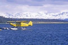 Homer Floatplane en la bahía de Kachemak, home run, Alaska imagen de archivo