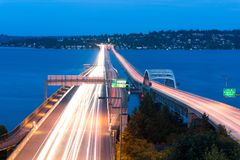 Homerus M Hadley Memorial Bridge over Meer Washington in Seattle Royalty-vrije Stock Afbeelding