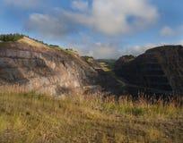 Homestake kopalnia złota, dziura z drogami iść w dół, prowadzenie, Południowy Dakota zdjęcia stock