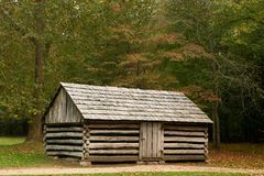 The homestead. A log cabin at Cades Cove in the Smoky Mountains Royalty Free Stock Images