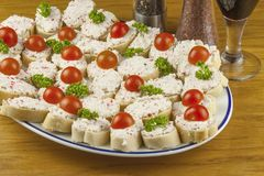 Homework quick meals, canapes with butter and vegetables Royalty Free Stock Photography