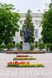 Homiel', Bielorussia, il 18 maggio 2010: Il monumento a Cyril di Turov in Homiel'è stato stabilito il 4 settembre 2004 Fotografie Stock Libere da Diritti