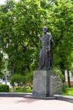 Homiel', Bielorussia, il 18 maggio 2010: Il monumento a Cyril di Turov in Homiel'è stato stabilito il 4 settembre 2004 Fotografie Stock